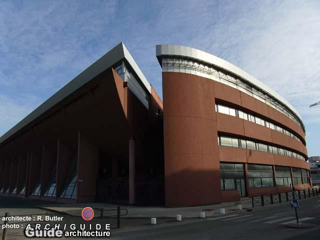 Architecture Dans L Ex Ville Nouvelle D Evry Archiguide