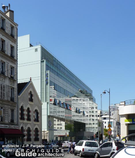 Caf De Paris Centre Finlay