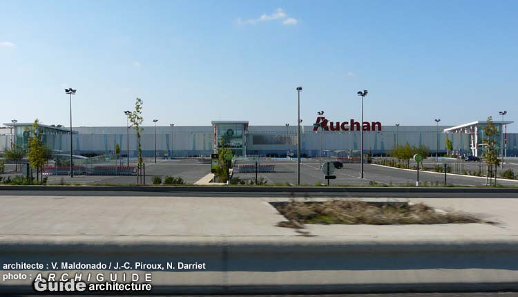 Architecture in poitiers archiguide for Auchan poitiers porte sud