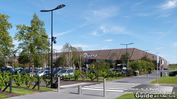 Architecture in tours archiguide - La petite madelaine chambray les tours ...
