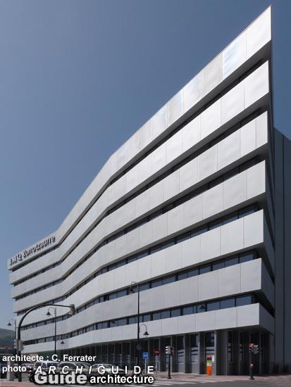 Architecture in bilbao archiguide - Hospital imq zorrotzaurre ...