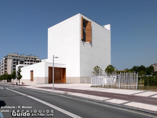 Architecture in saint sebastien san sebastian archiguide for Barcelone architecture contemporaine