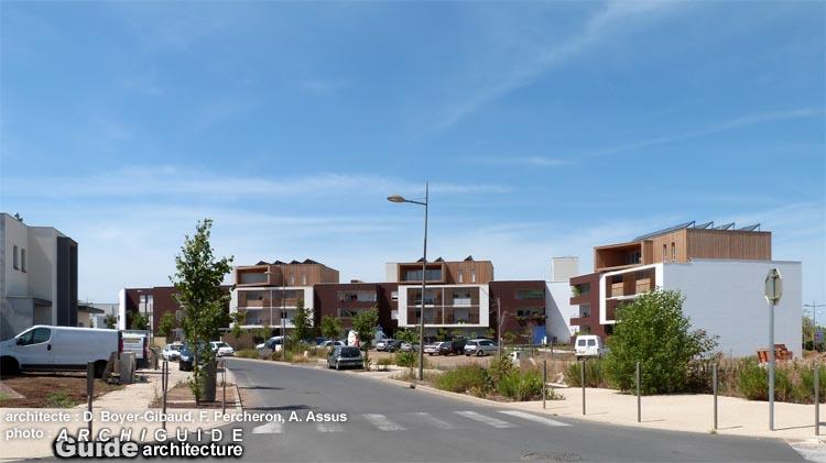 Architecture dans les villes moyennes en france archiguide for Garage du tram villeurbanne