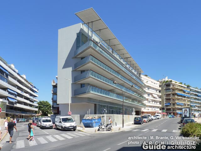 Architecture  U00e0  In Antibes Juan Les Pins  Archiguide
