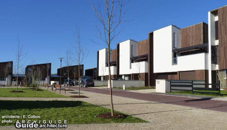 architecture sud ouest r gion parisienne ile de france archiguide. Black Bedroom Furniture Sets. Home Design Ideas