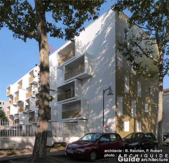 great logements osmose housing with maison du monde. Black Bedroom Furniture Sets. Home Design Ideas